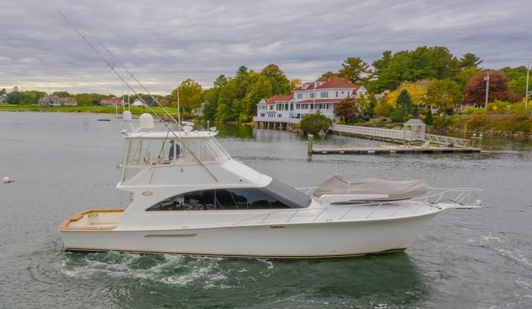 56′ (17.07m) 2000 Ocean Yachts