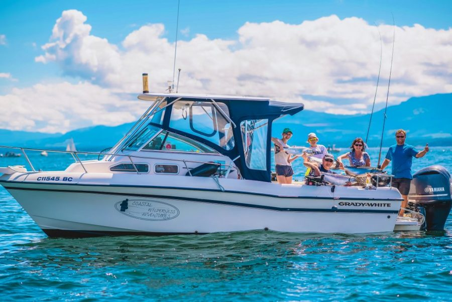 How to Choose a Fishing Charter: The Definitive Guide